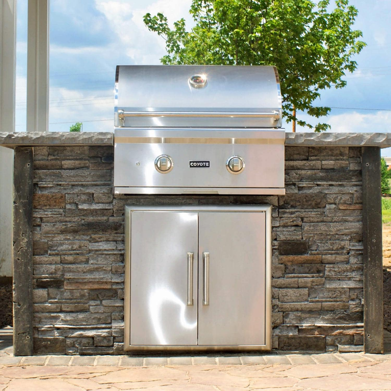 Coyote Ready-To-Assemble 5 Ft Outdoor Kitchen Island With 28-Inch C-Series Natural Gas Grill (Ships As Propane With Conversion Fittings) - Stacked Stone/Stone Gray - RTAC-G5-SG-C1C28NG