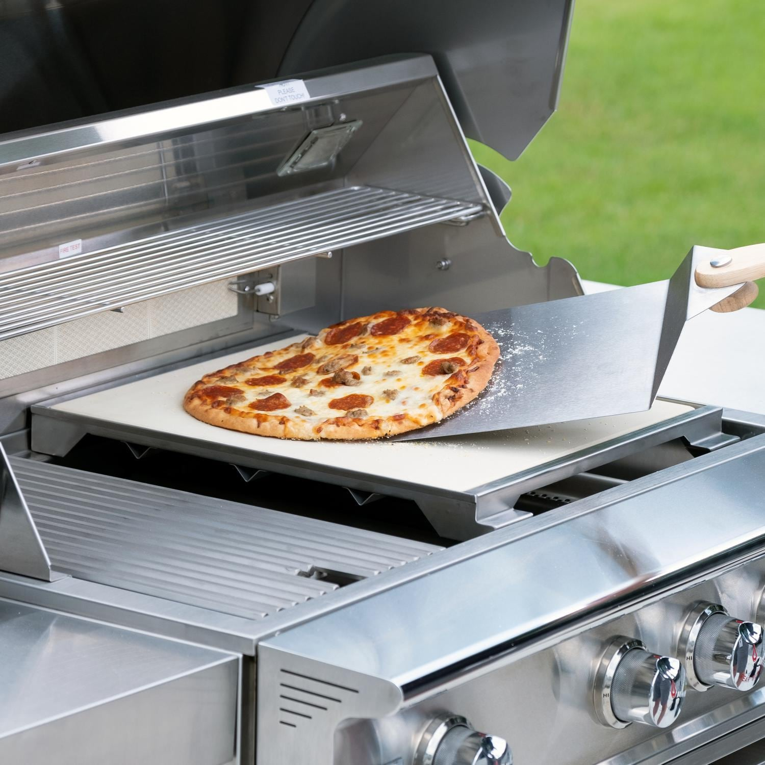 Blaze Professional LUX 15-Inch Ceramic Pizza Stone With Stainless Steel Tray - BLZ-PRO-PZST-2